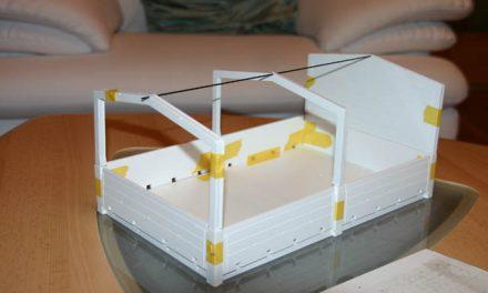 Ballastpritsche mit Planenaufbau